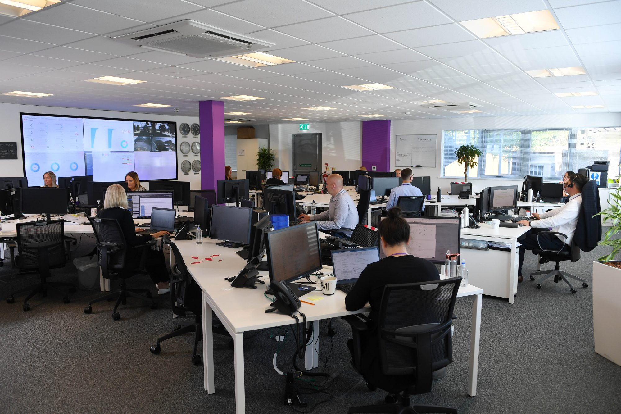 People working in a call Centres GSC Indigo