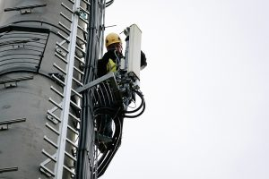 wireless climber monopole
